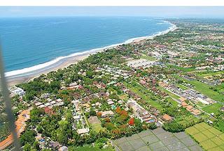 Seminyak merupakan sebuah kelurahan yang ada di kecamatan Kuta Tempat Wisata Terbaik : Tempat Wisata Di Bali - Seminyak, Kuta, Badung