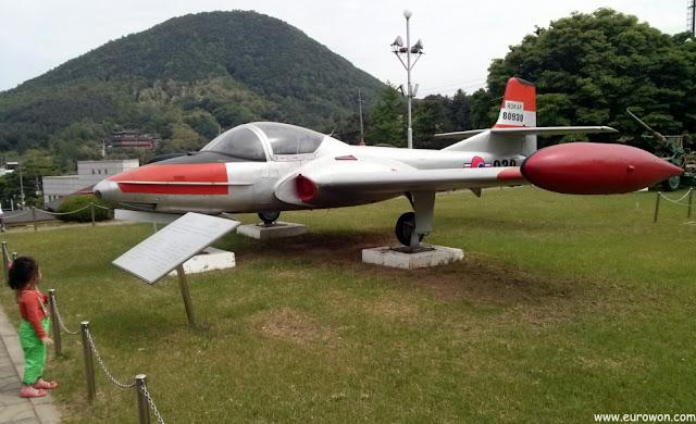 Caza T-37C Tweet usado en la Guerra de Corea