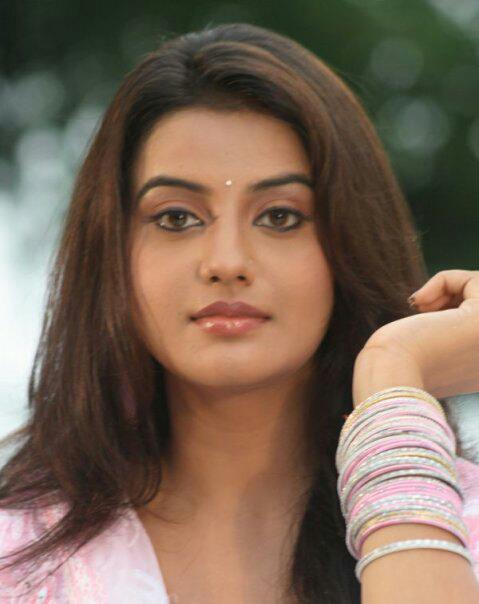 ... all bhojpuri movie actress list of all bhojpuri movie actors list of