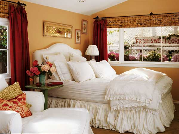 The Bedroom With Color Important Themes Of Romantic Bedroom Design