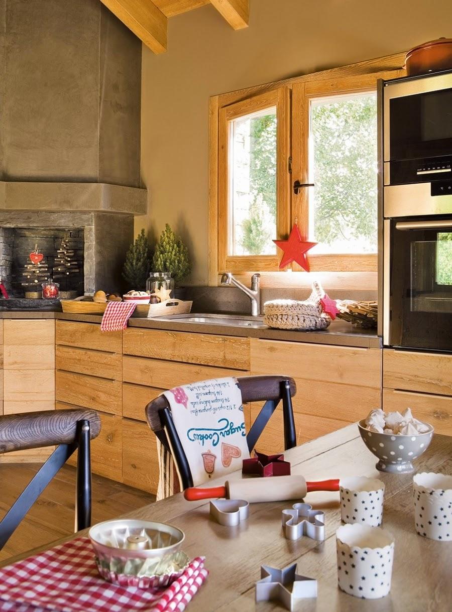 wnętrza, wystrój wnętrz, home decor, dekoracje świąteczne, christmas decor, Boże Narodzenie, Święta, choinka, dom, mieszkanie, domek w górach, kuchnia