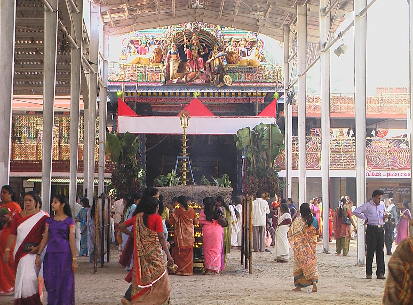 Attukal Temple Festival Began Today With The Traditional Kappukettu And Kudiyiruthu At 10AM Witnessed A Great Crowd To Witness