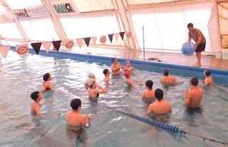 El club abre sus puertas a la natación escolar