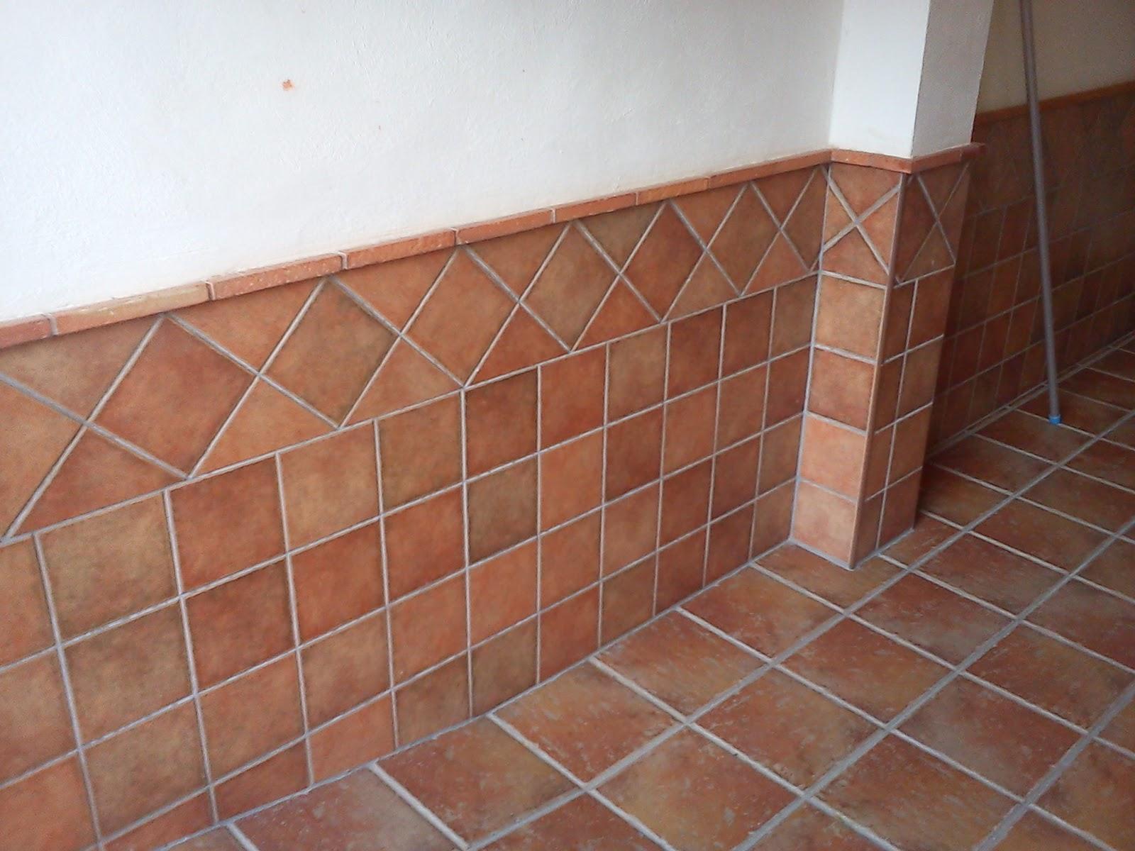 Casa de gojar alicatado y solerias zocalo cochera 3 for Casa de azulejos cordoba