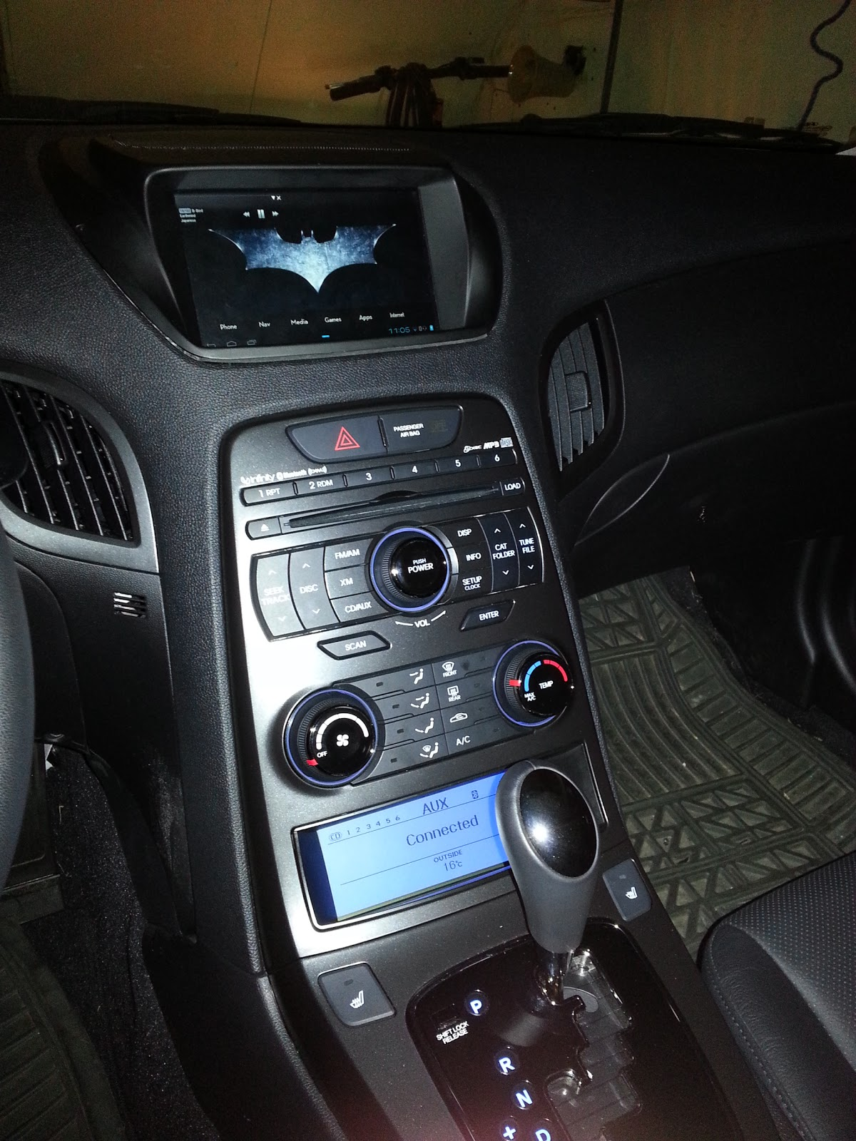 Dereks projects diy installing a tablet in a hyundai genesis coupe while the 20t version of the genesis coupe doesnt have built in nav there was a mount for a 7 inch gps or tablet designed to fit on the dash and make it greentooth Choice Image