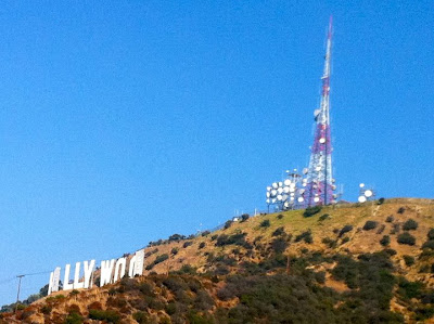 Hollywood Sign hike www.thebrighterwriter.blogspot.com #California