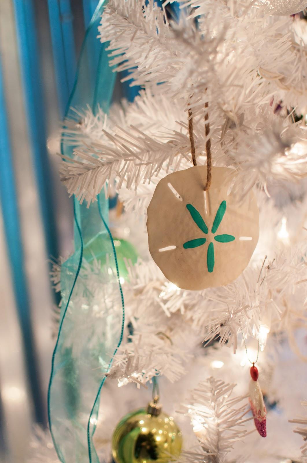 Art actually diy seashell ornaments for Seashell ornaments diy
