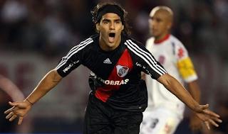 El Descenso de River Plate comenzó en el 2008