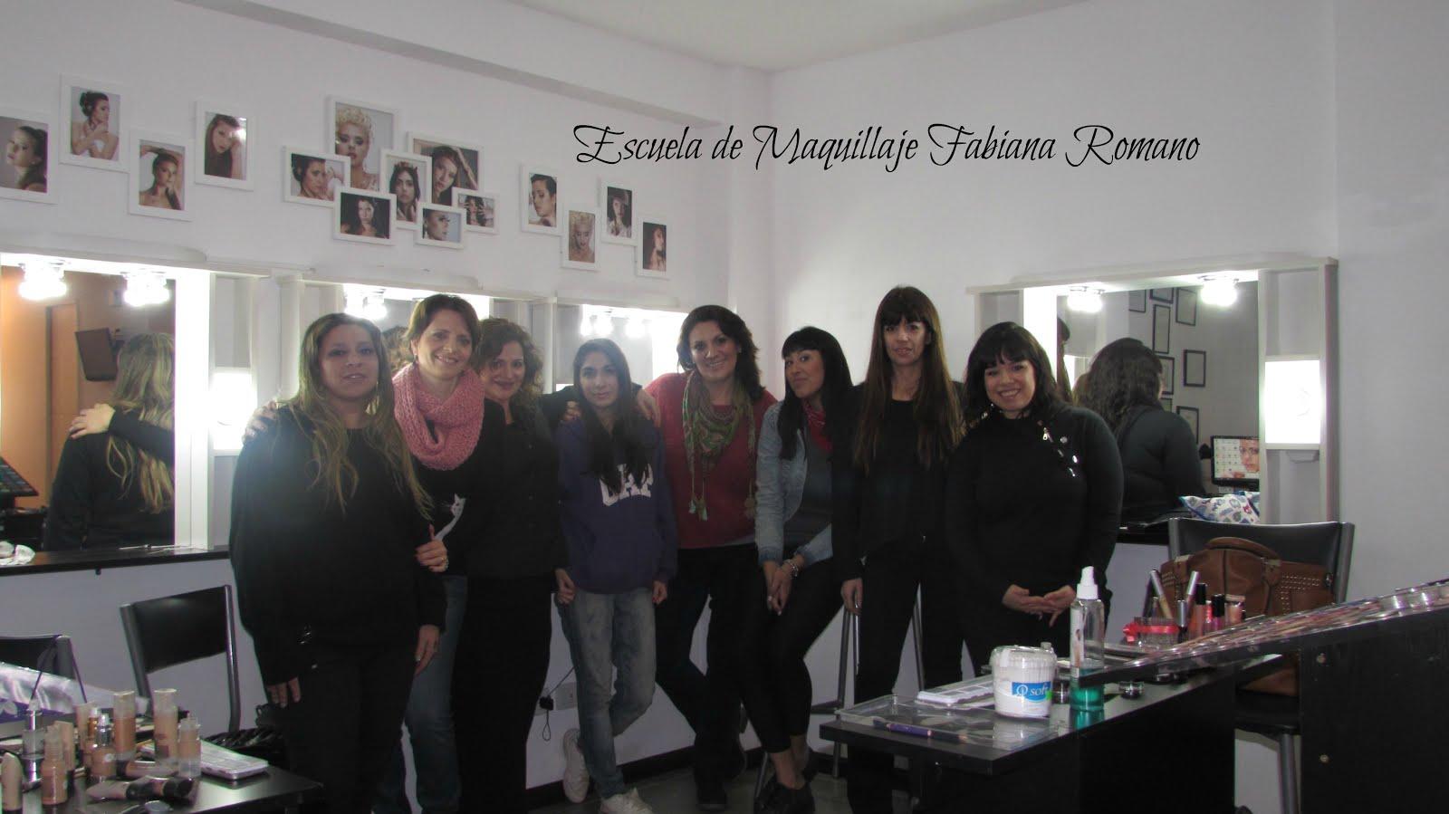Grupo de Maquillaje Profesional 2016