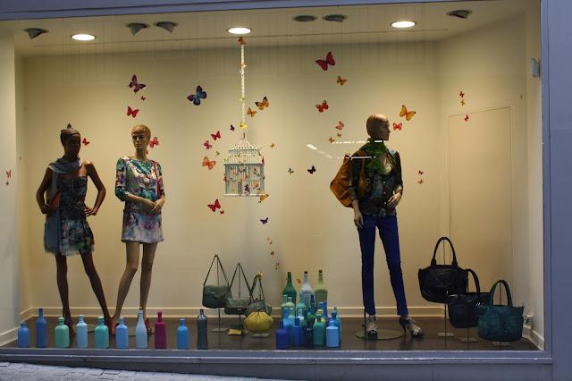 Curso de decoracion de vidrieras for Decoracion de vidrieras de ropa