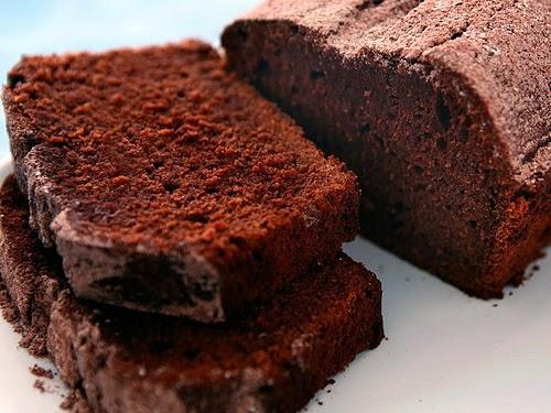 Grannie's Recipe Box: Moist Chocolate Pound Cake Recipe