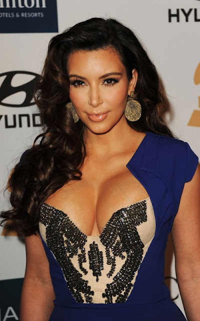 Kim Kardashian Big Cleavages Pics At Clive Davis' Pre-GRAMMY Gala