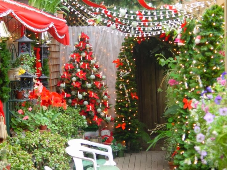 Merry christmas 2015 garden decorations ideas in usa uk canada - Outdoor decorating ideas ...