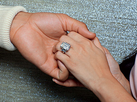 Connect In Celebrity Blogs Kim Kardashian Engagement Ring