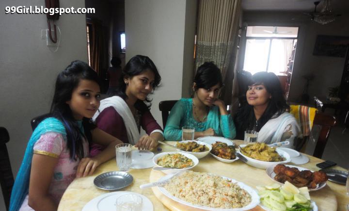 picture hot artist: Bangladeshi Hot Girl Farzana Fardous With Her ...