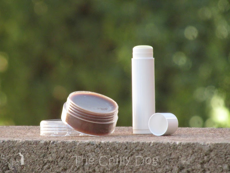 Tutorial and 5 all natural recipes for lip balm