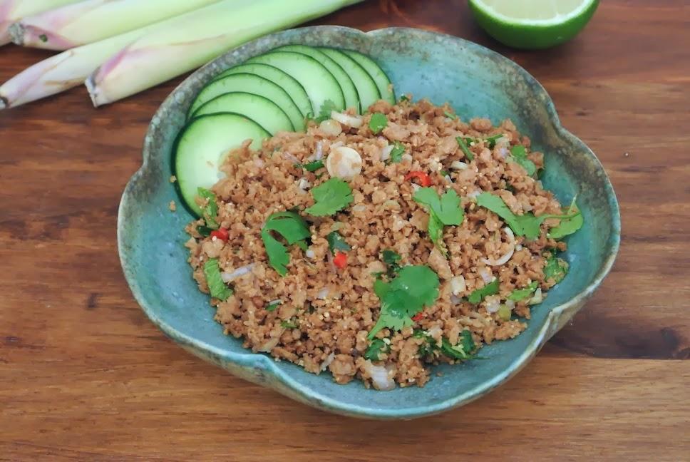 http://le-cru-et-le-cuit.blogspot.com.es/_ensalada vietnamita a la citronella