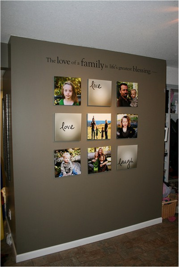 Let 39 s decorate online mastering the art of hanging wall for Hanging pictures on walls ideas