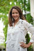 Lakshmi Manchu latest photo shoot gallery-thumbnail-19