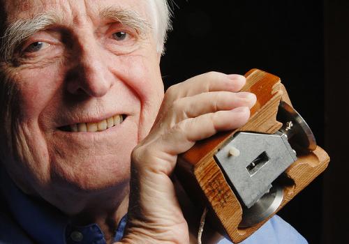 Douglas Engelbart (1925 - 2013)