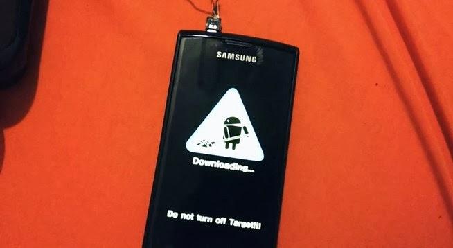 Memperbaiki Ponsel Android yang Mati Total