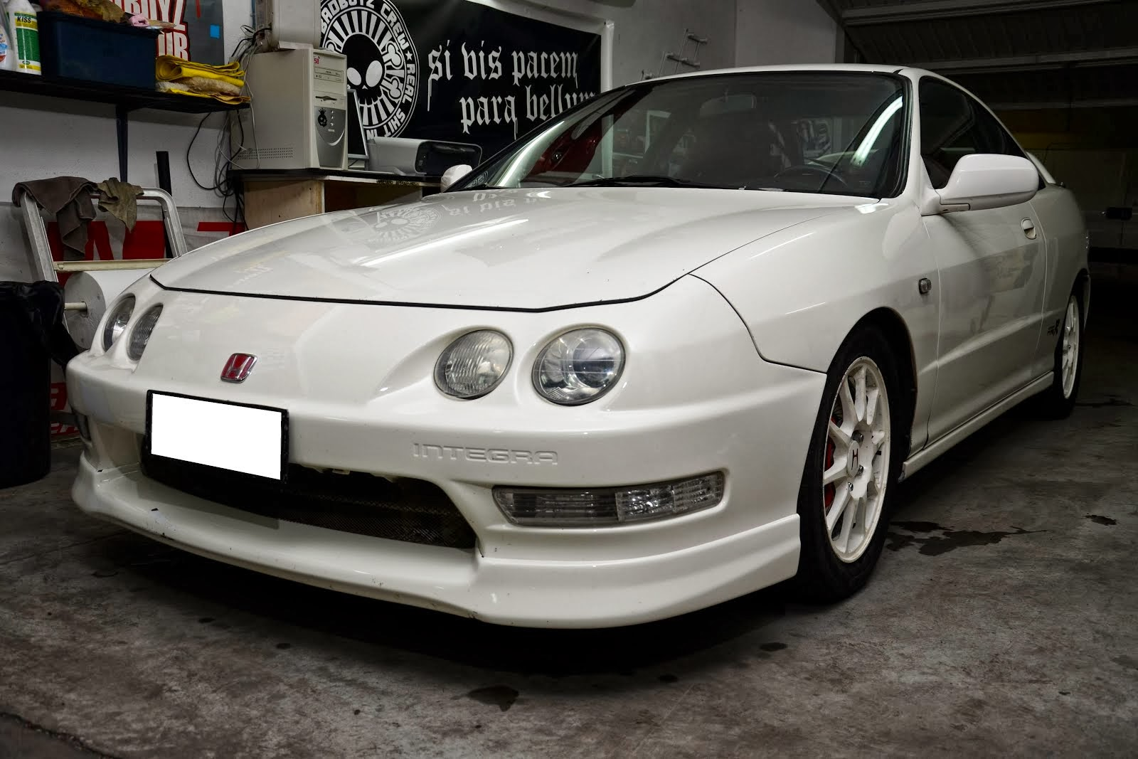 1998 Honda Integra Type R DC2 from Rombi Di Gloria