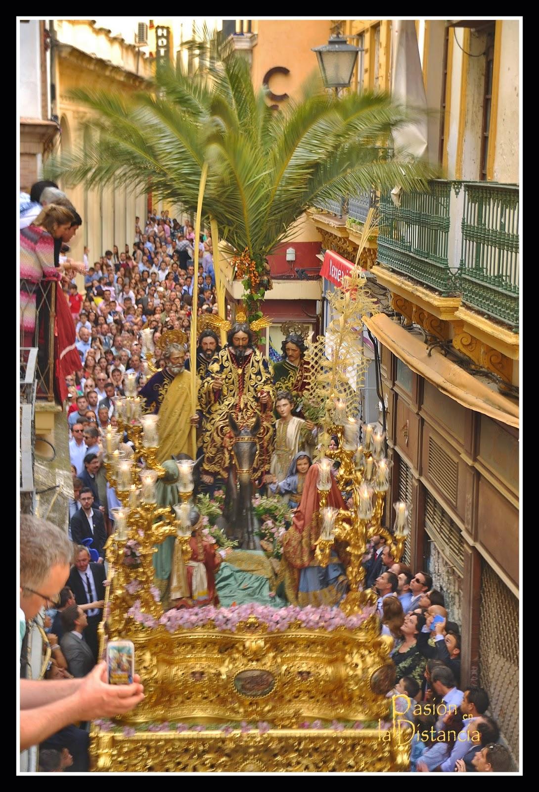 La-Borriquita-calle-Alvarez-Quintero-Sevilla-2015