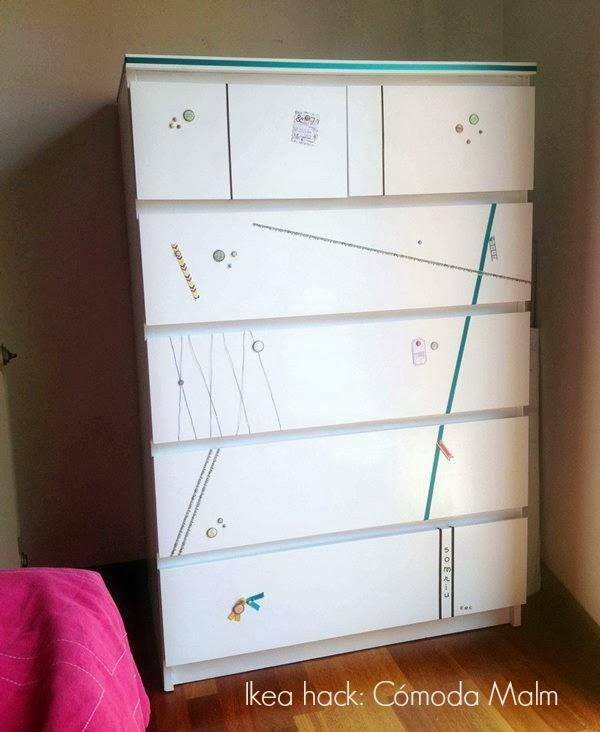 Ikea hack c moda malm repintada y decorada con un toque for Comodas en ikea