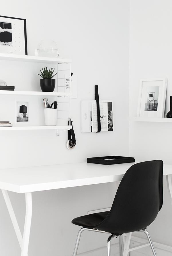 Workspace love elv 39 s bloglovin - Small work spaces minimalist ...