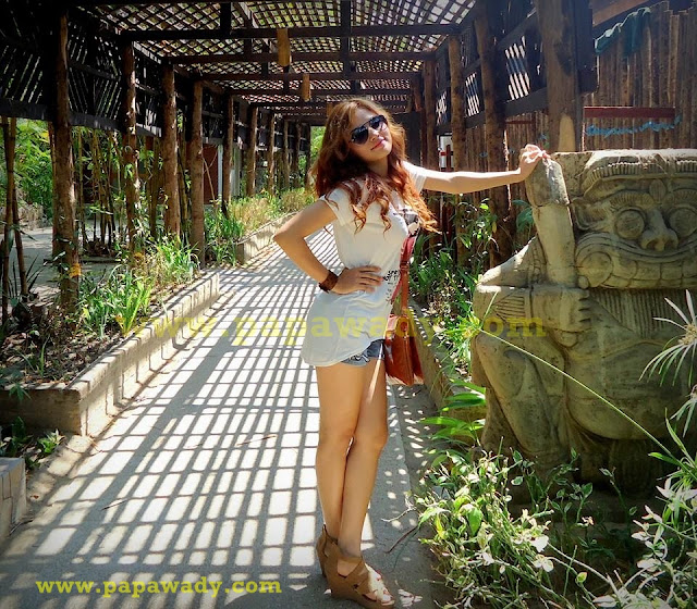 Myanmar Model Marina -  A Day Out With Jeans Fashion is Perfect Day