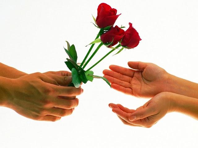 Ideas económicas para que una chica sorprenda a su pareja en San Valentín