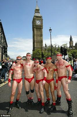 Tesco mahu menaja pesta gay terbesar di Britain