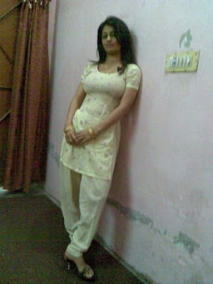 indian girl in hot salwar tight salwar dress