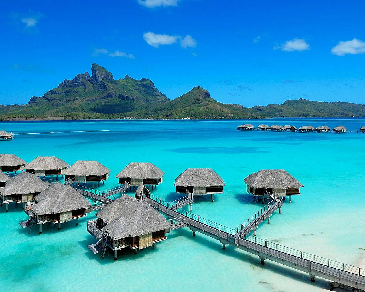 Tahiti Bora Bora Paradise Luxury Accomodation Best Hotels Beach Huts Water Bungalow Holiday Resort Four
