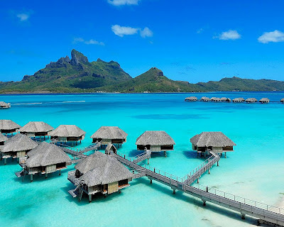 tahiti bora bora paradise luxury accomodation best hotels beach huts water bungalow holiday resort