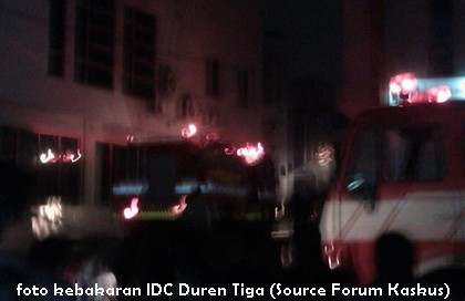foto kebakaran datacenter IDC duren tiga jakarta