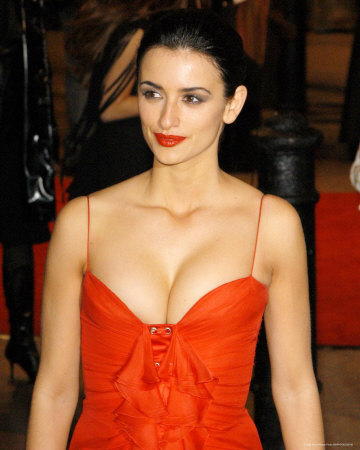 Penelope Cruz Hair, Long Hairstyle 2013, Hairstyle 2013, New Long Hairstyle 2013, Celebrity Long Romance Hairstyles 2097