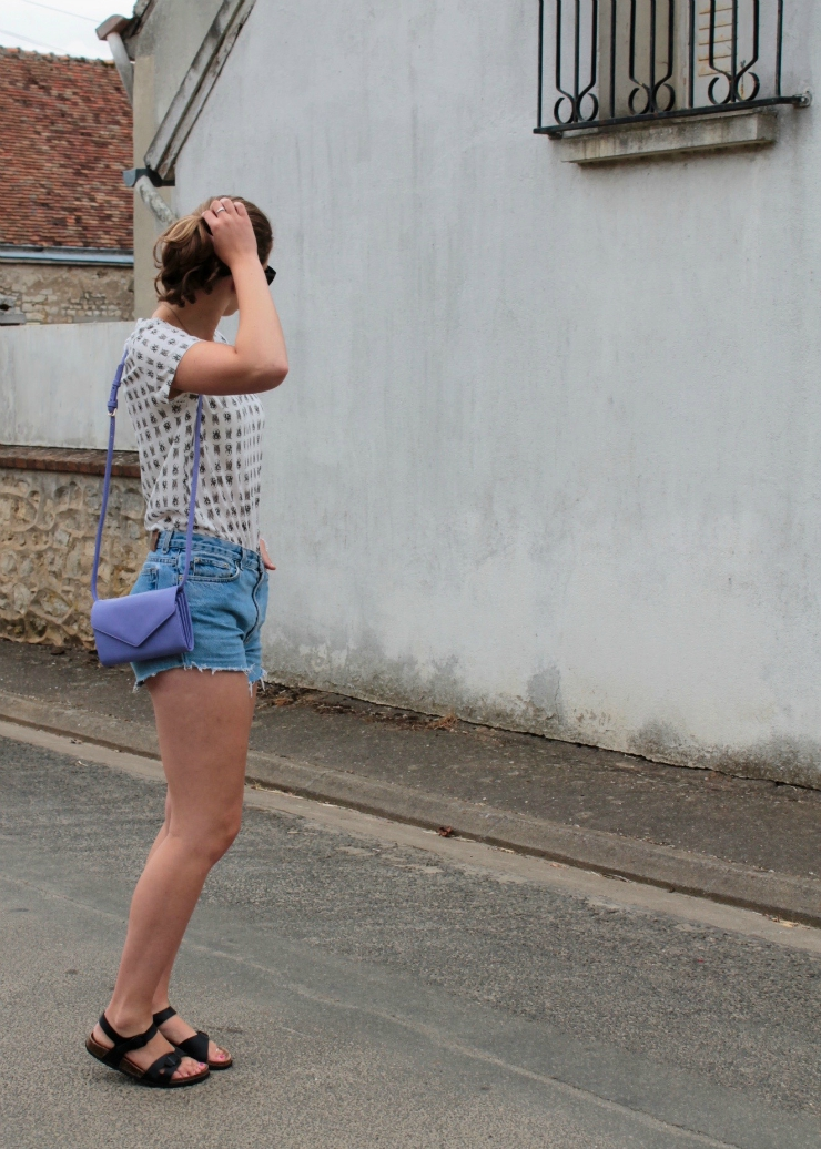 Easy casual summer look with Ralph Lauren high waisted denim shorts