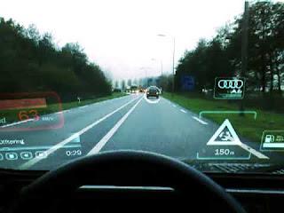 Helymeghatározó útvonaltervező autóba