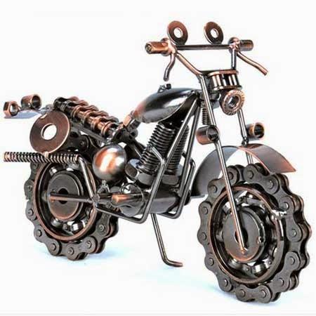 mainan motor unik buatan tangan