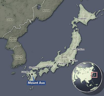 ENTRO EN ERUPCION EL VOLCAN ASOSAN, DE LA ISLA KYUSHU DE JAPON