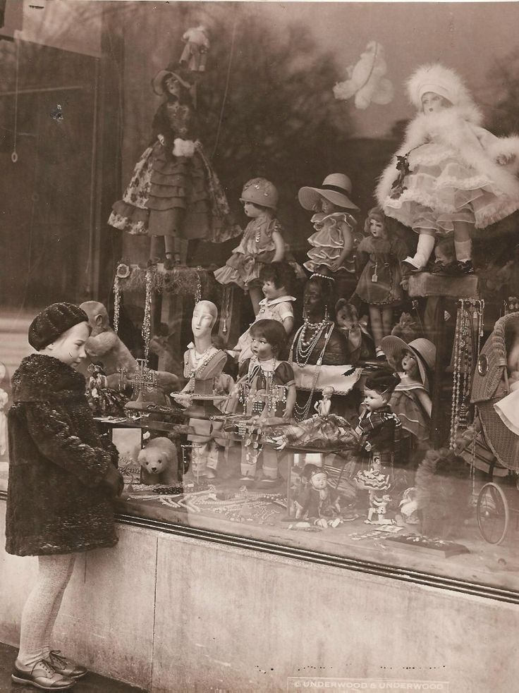 The wish of children emotional vintage photos can make for 1920s window