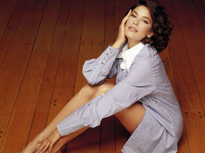 Teri Hatcher HD Wallpapers