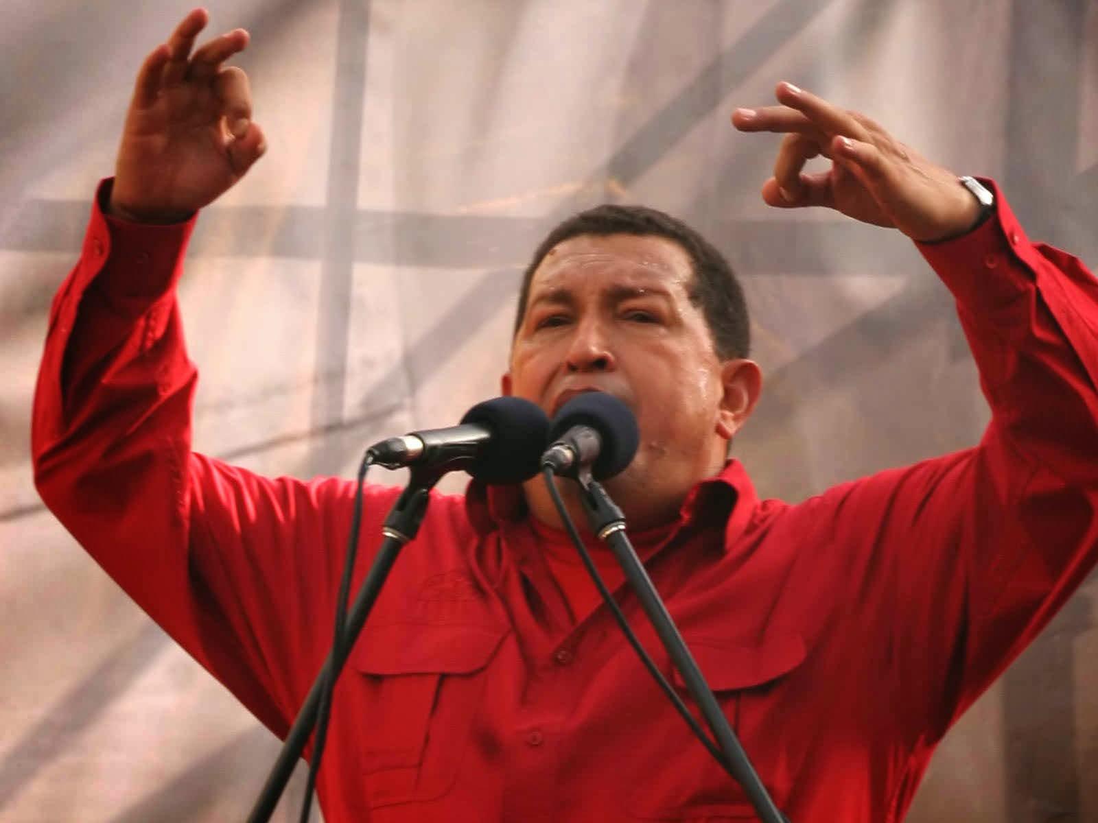 PASANDO LA HOJA / Chávez, 60 años