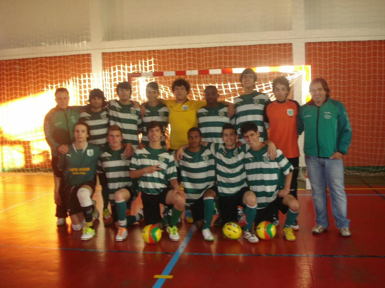 Juniores Masculinos ``Campeões Torneio Encerramento Grupo B`´