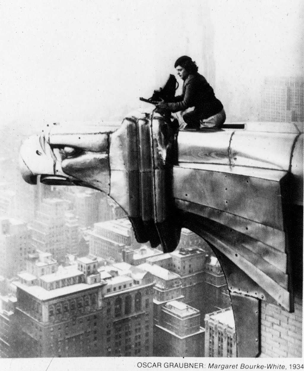 photographic essays margaret bourke-white As a photographer for life and fortune magazines, margaret bourke-white traveled to russia in the 1930s, photographed the nazi takeover of czechoslovakia in 1938, and.