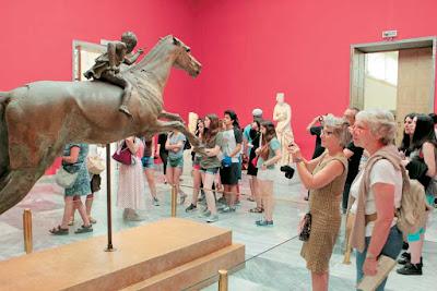Αύξηση επισκεπτών σε μουσεία και μνημεία