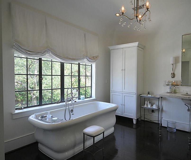 French Country Style Bathrooms