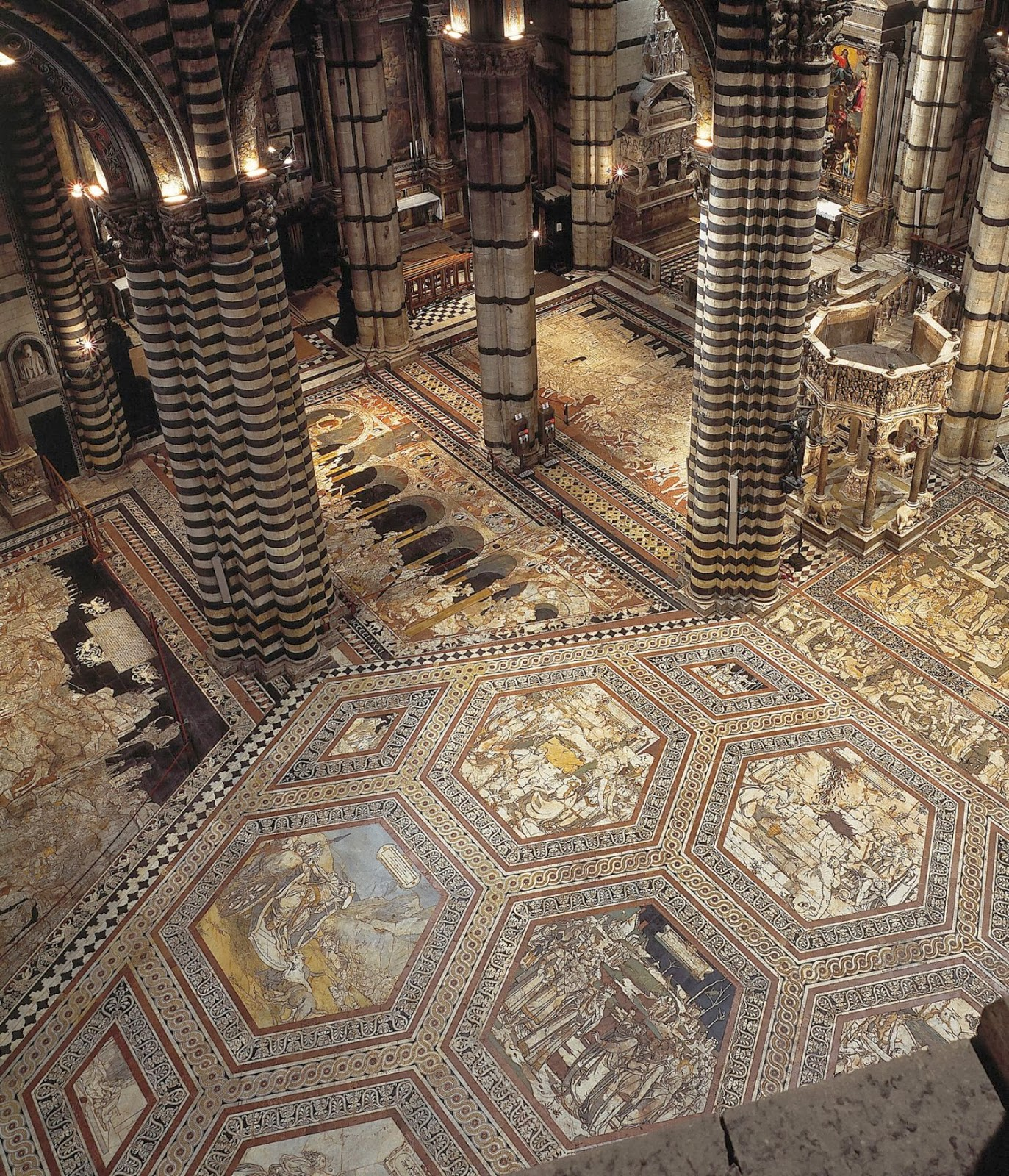 The gateway to heaven: Secret walkways and attic rooms open in roof of Siena Cathedral