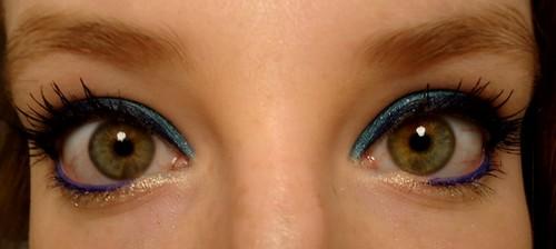 Comment se maquiller avec du bleu quand on a les yeux verts forum mode - Comment se maquiller les yeux verts ...